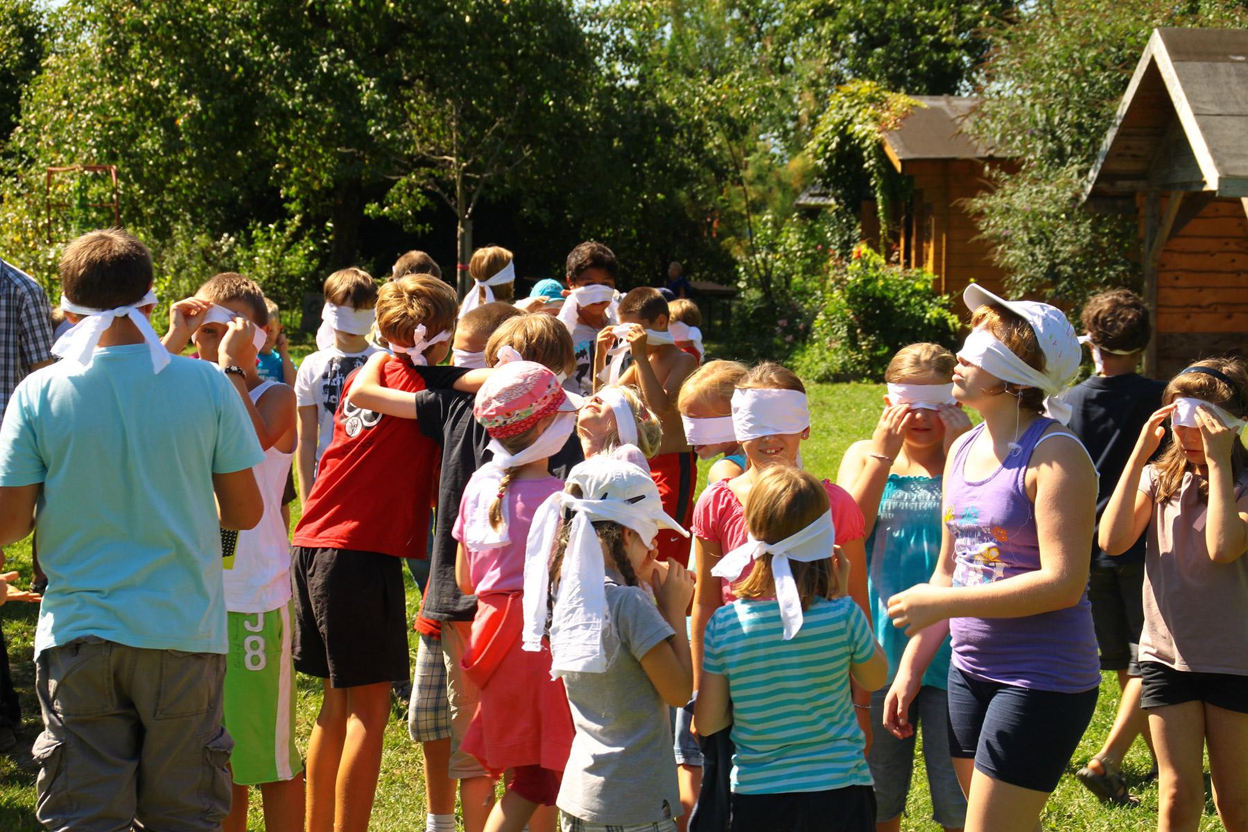 Kinder spielen in der Dieter-Kaltenbach-Stiftung