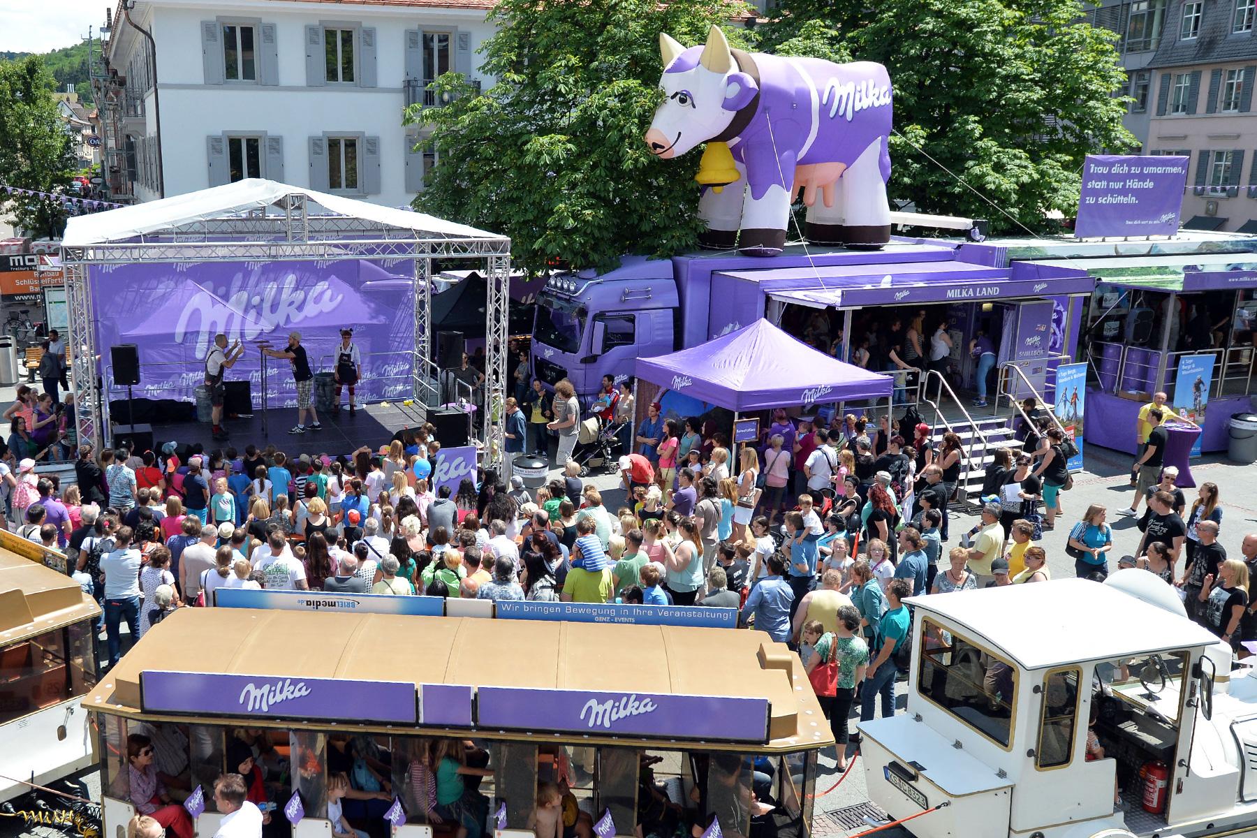 Trubel beim jährlichen Milka Schokofest auf dem Alten Marktplatz (Bild: Florian Weiß, Mondelez International)