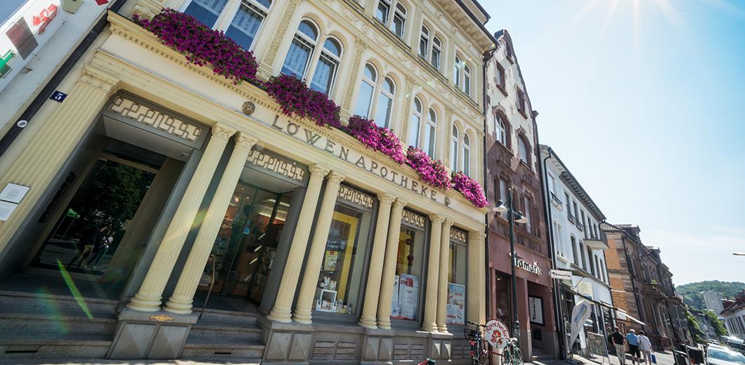 Löwen Pharmacie à l'ancienne place du marché