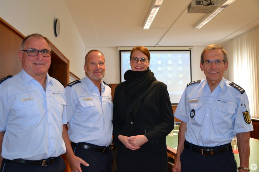 Von links nach rechts: Wolfgang Hanser, Andreas Nagy, Bürgermeisterin Monika Neuhöfer-Avdić, Wolfgang Grethler