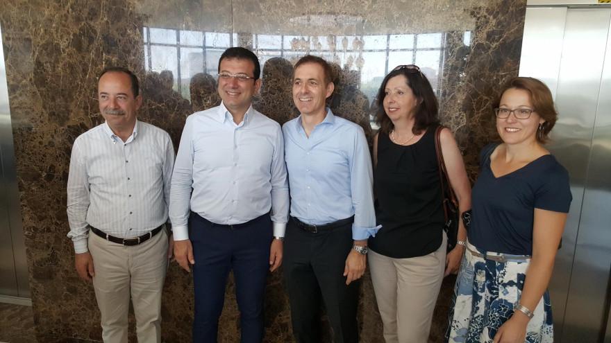 v.l.n.r.: Recep Gürkan (Oberbürgermeister Edirne), Ekrem Imamoglu (Oberbürgermeister Istanbul), Jörg Lutz (Oberbürgermeister Lörrach), Judith Lutz, Sonja Raupp (Städtepartnerschaftsbeauftragte Lörrach)