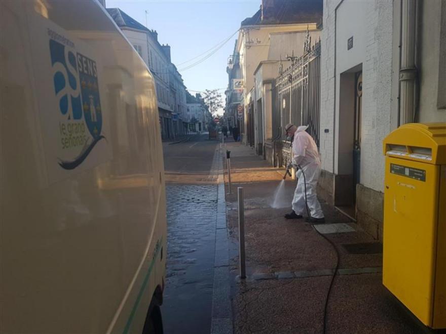 Sens in Zeiten von Corona: Reinigung der Innenstadt